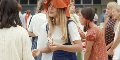 1969-hippie-high-school-fashion-photography-jaren-60-kleding-hippie